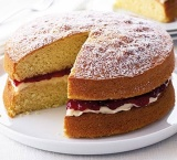 Victoria Sponge (Best of British!)